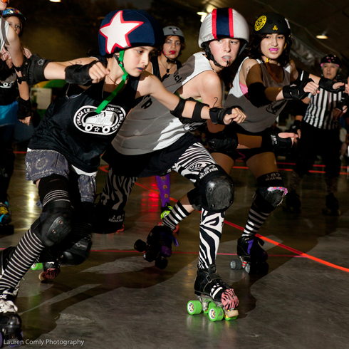 Blocker Zebra Muscle has her eye on Jammer Scary Cat